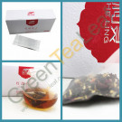 Черный китайский чай с травами для похудения в пирамидках (диан хонг, сухие лепестки розы и стевии)