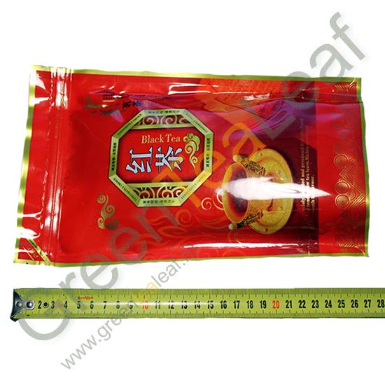 Черный китайский чай Юньнань в упаковке
